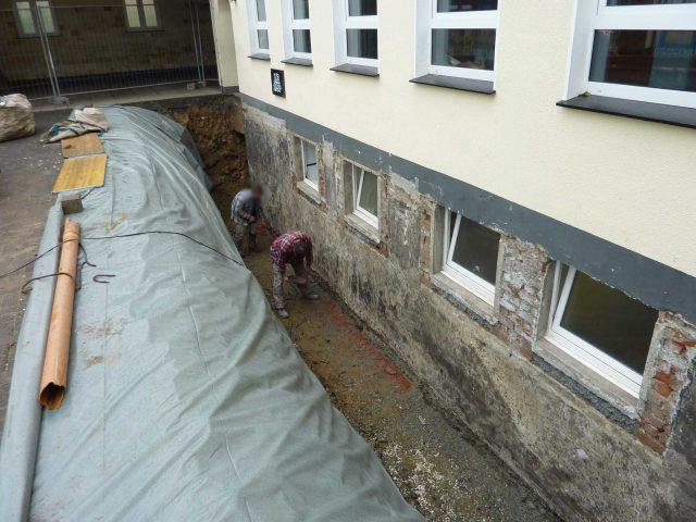 Trockenlegung von feuchtem Kellerwerk